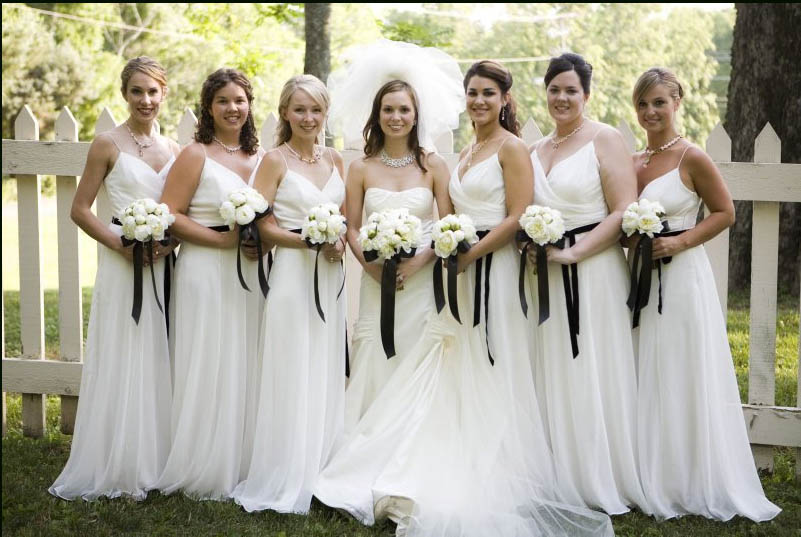 Cheap Black N White Wedding Dresses: And The Bridesmaids Wore White · Rock N Roll Bride