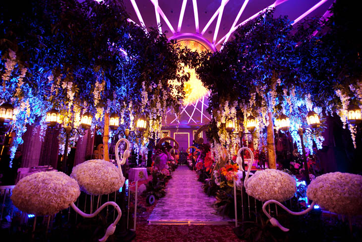 winter wonderland   Blue Orchid Event Planning   Wonderland Wedding David Tutera