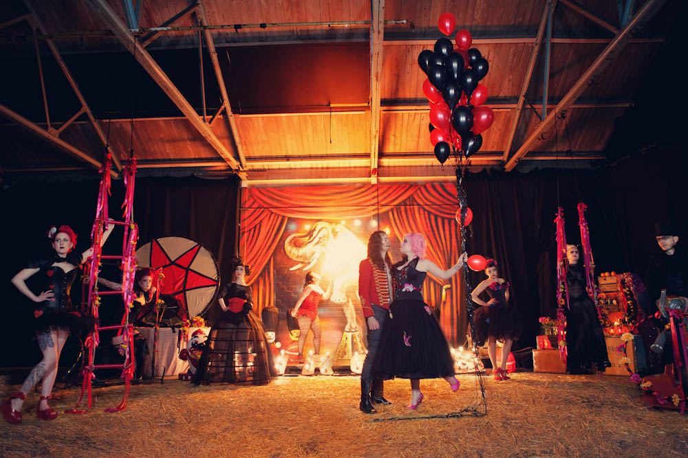 Mwah ... & Roll Up! Roll Up! For The Alternative Wedding Circus · Rock n Roll ...