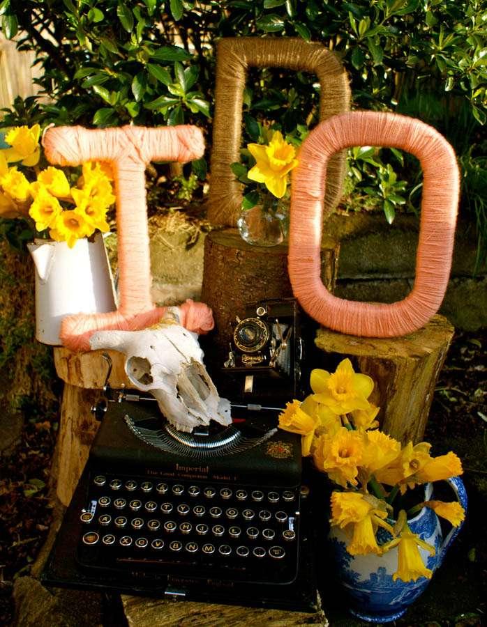 DIY Tutorial: Twine Wrapped Letters · Rock n Roll Bride