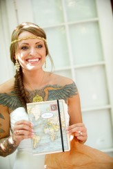 tropical themed wedding flutter glass photography14