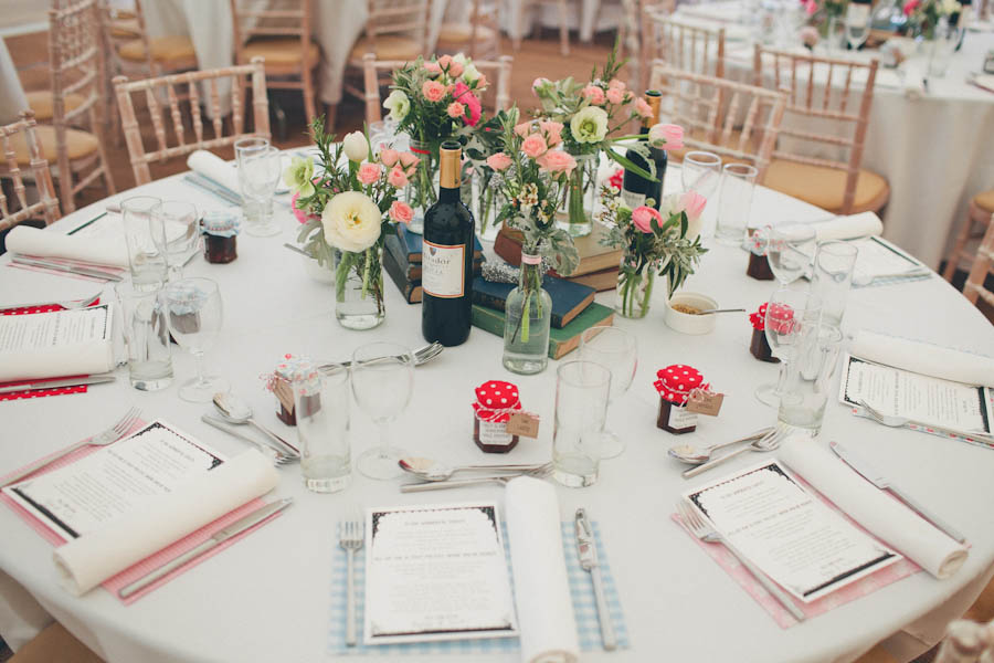 Pastel Colours For A 1950s Inspired Wedding Emily James Rock