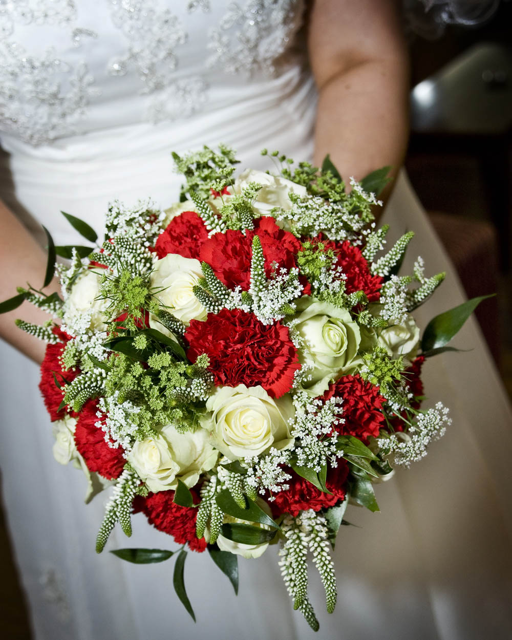 Red Wedding Ideas On A Budget: Red, Polka Dots & An Ice Cream Van