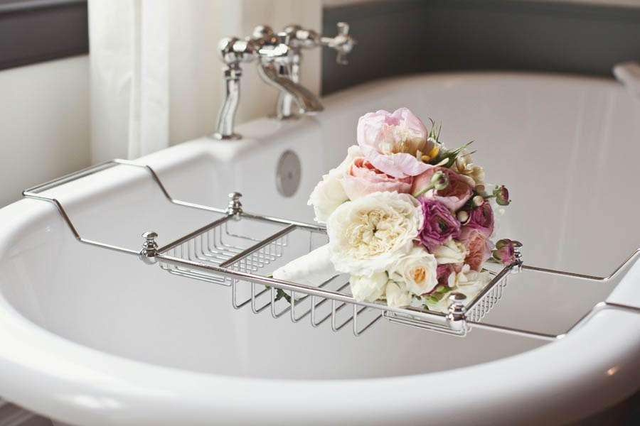 009 bouquet bathtub nomad hotel nyc rock n roll bride for Bouquet hotel