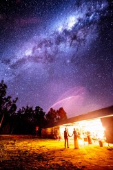 milky-way-wedding-photo-by-lakshal-perera