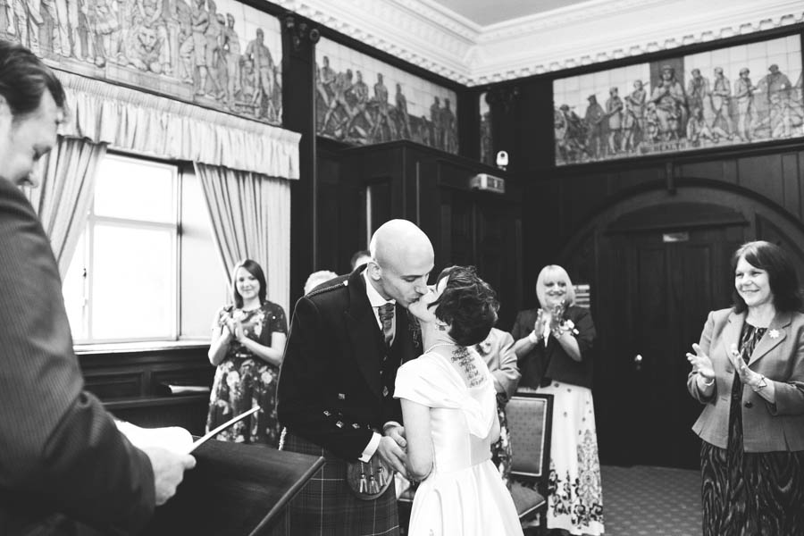 Intimate Glasgow Wedding Louise Amp Colin 183 Rock N Roll Bride