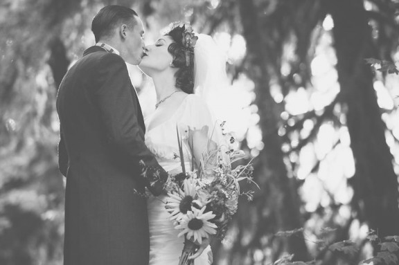 eccentric vintage rainbow wedding_sharalee prang photography-187