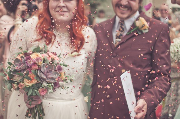 60sfestivalwedding_modernvintageweddings-41
