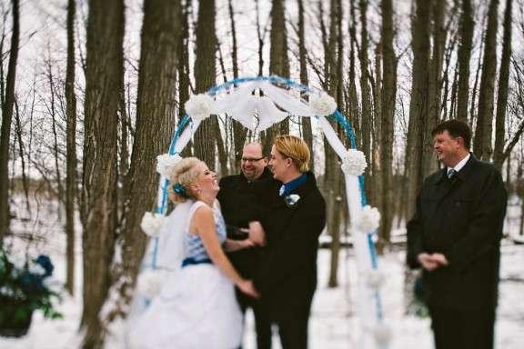 Winter Wonderland Wedding In The Snow Briar Amp Simon Rock N Roll Bride