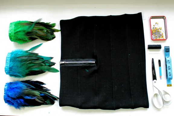 1 Head Full of Feathers Skirt Tutorial