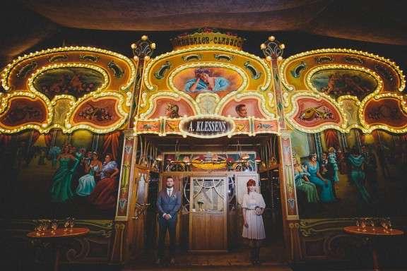Ariane and Nikki - Mirror Tent - Rockabilly Wedding - Kama Catch Me Photography (228 & Laid Back Belgian Wedding Based on a Road Trip: Ariane u0026 Nikki ...