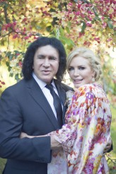 gene simmons vow renewal_rock n roll bride_ trish barker photography68d