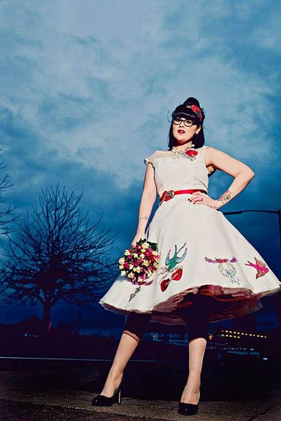 How to plan a wedding choosing your dress rock n roll bride for Rock n roll wedding dress