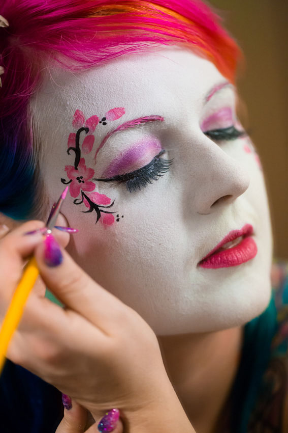 face and body paint wedding30