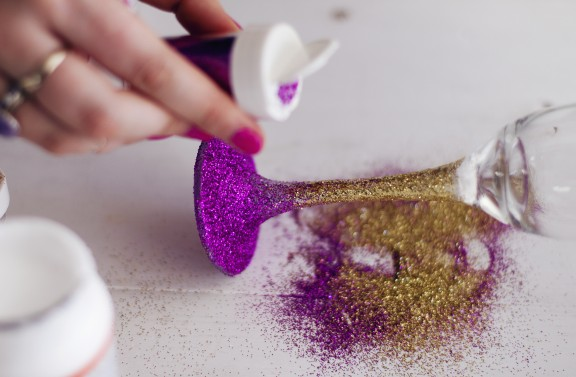 ombre glitter glass diy7