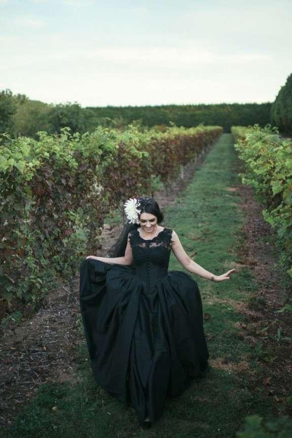Victorian Gothic Wedding Dresses 33 Cool Goth NZ Wedding Nisha