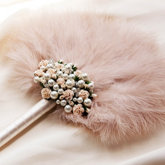33 Alternative Bouquet Ideas For Non-Traditional Brides · Rock n ...