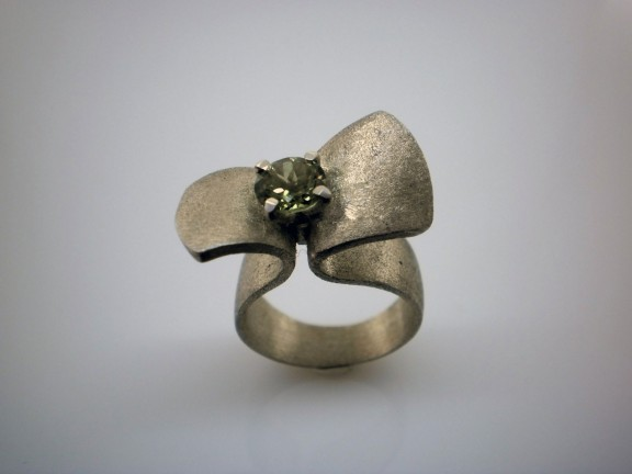Wedding Ring Alternatives 33 Marvelous alternative wedding rings etsy