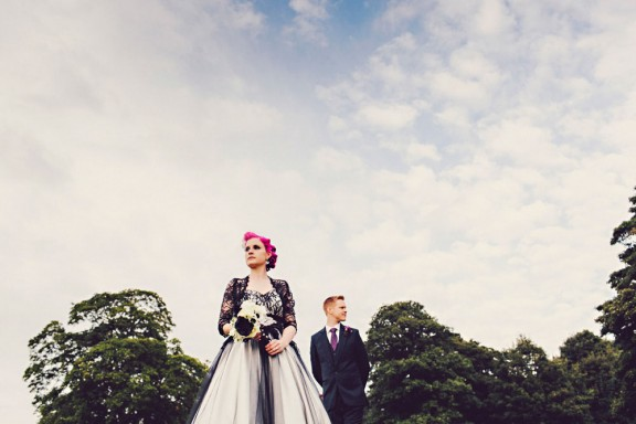 pink haired bride rocker wedding black wedding dress54
