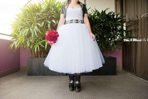 388064a0be4f Eighties Heavy Metal Wedding: Jill & Simon · Rock n Roll Bride