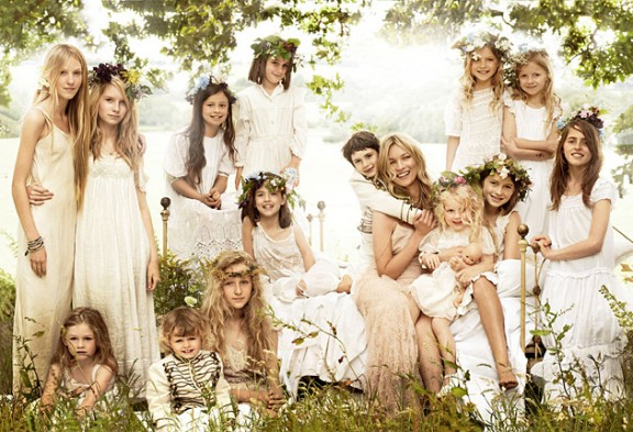 kate-moss-sept-vogue-bridesmaids