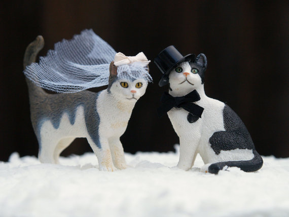 20 amazing and unique wedding cake toppers  u00b7 rock n roll bride