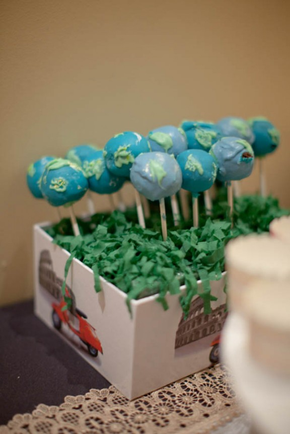 globe cake pops