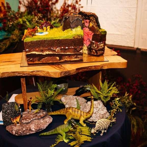 Real Weddings Tasmania: Colourful, Reused And Kitsch Wedding In Tasmania: Lindsey