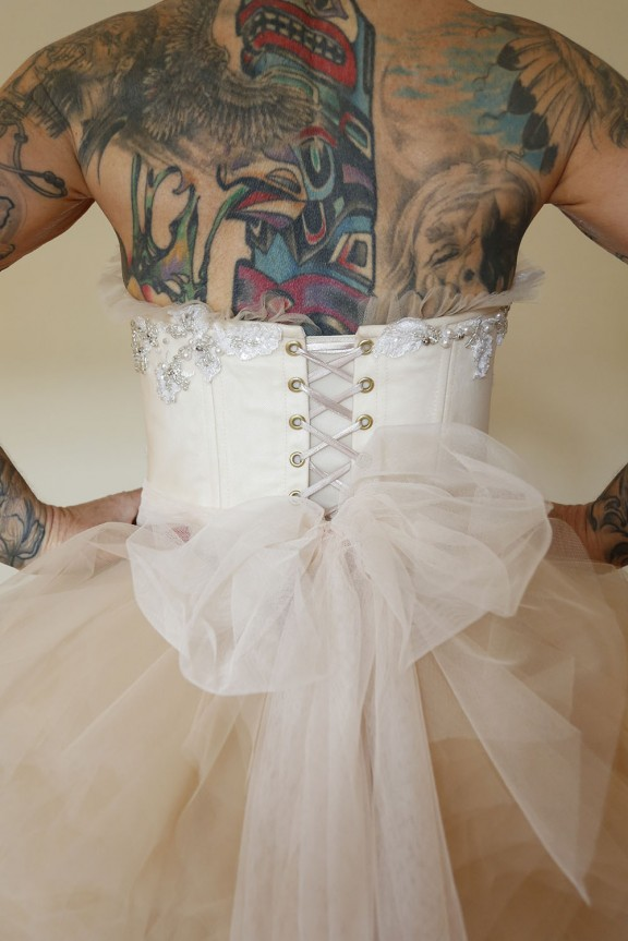 tattooed bride wedding 27