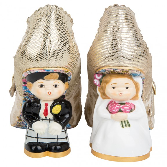 bride and groom irregular choice shoes_rocknrollbride.com4