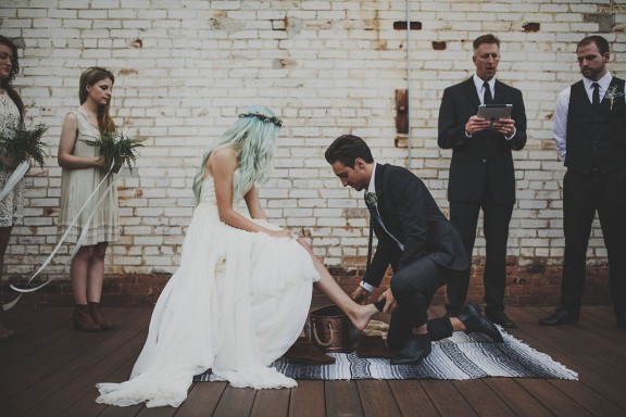 nature inspired wedding blue haired bride1 (28)