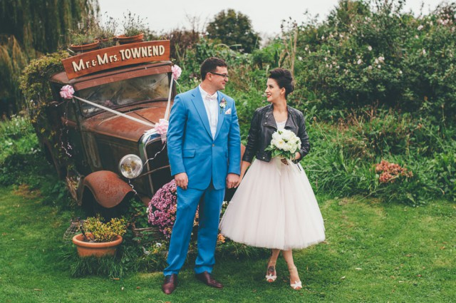 relaxed 1950s retro wedding (19)