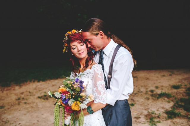 Barefoot Hippie River Wedding - Shots by Cheyenne (89)