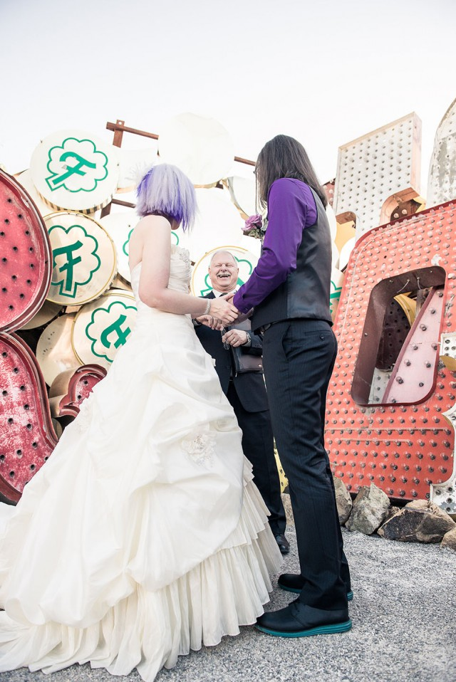 Wedding at the Neon Graveyard in Vegas (18)