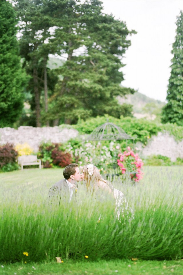 quirky vintage countryside wedding