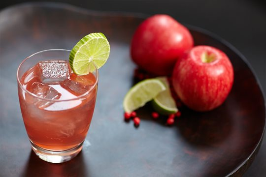 sloe gin and apple