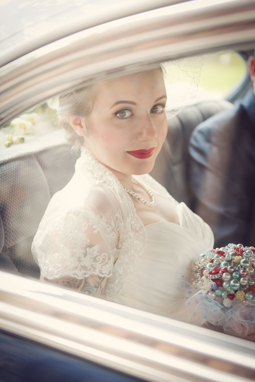 1950s Americana Wedding · Rock n Roll Bride