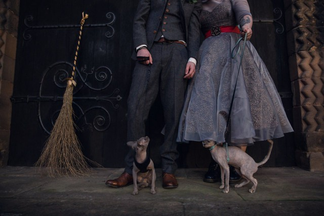 Gothic Halloween Wedding... With Sphynx Cats (40)
