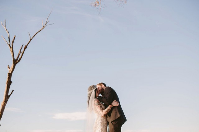 boho-inspired-elopement-on-Lake-Michigan-by-Megan-Saul-Photography_0042