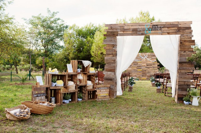 relaxed summer picnic wedding in spain (12)