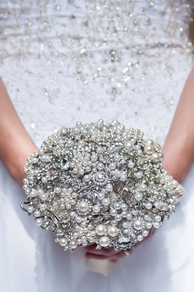elizabeth rose events brooch bouquet (4)
