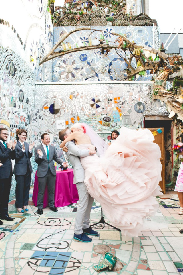 Philadelphia-Magic-Gardens-trans-wedding-38
