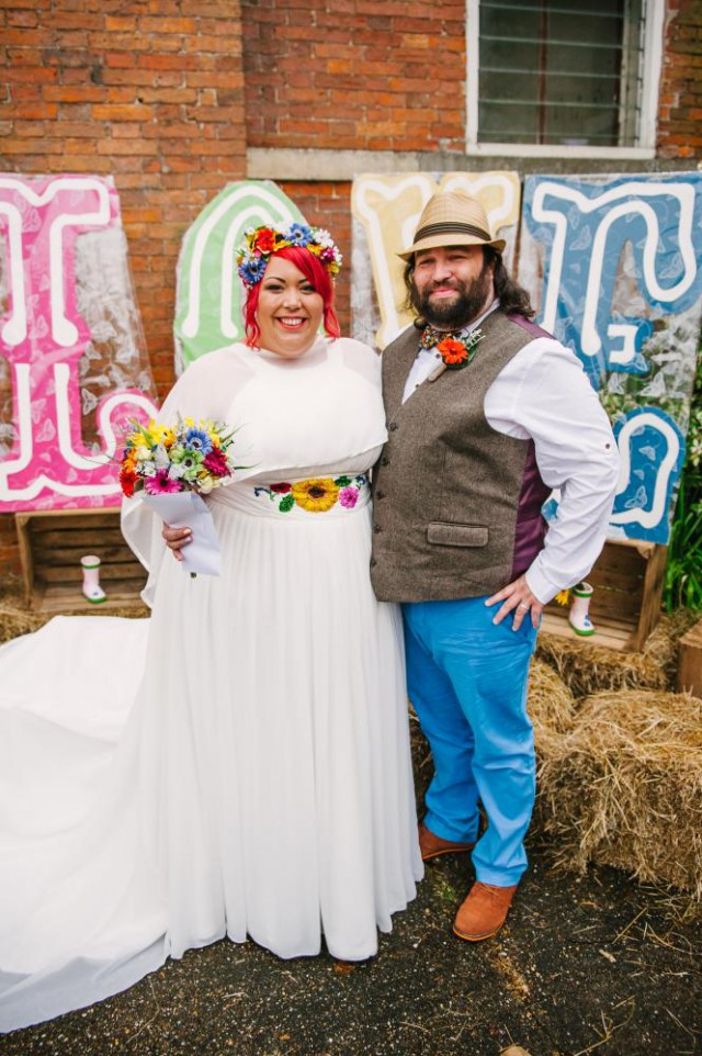 colourful festival wedding (26)