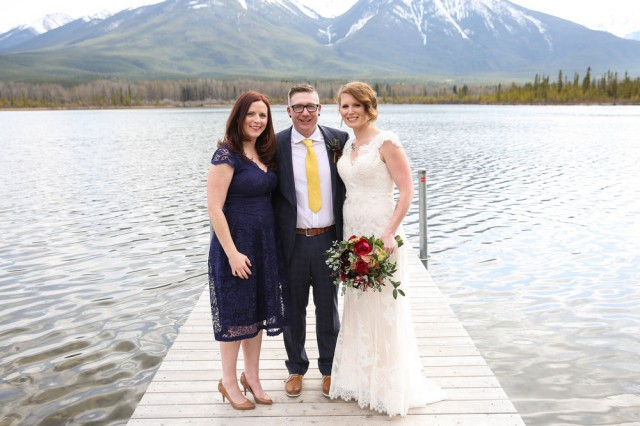 intimate mountain wedding (28)
