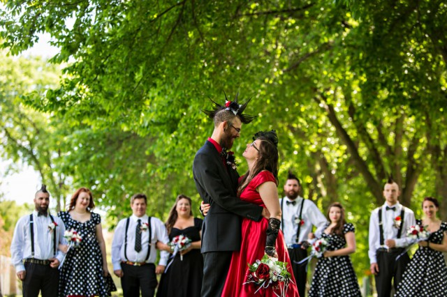 pin up punk wedding (27)