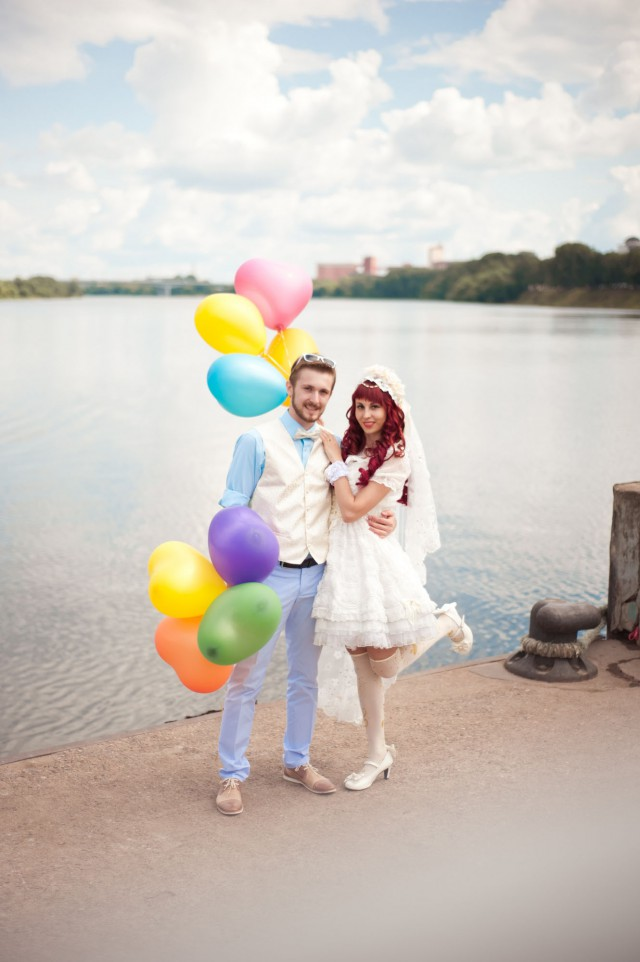 Anime & 1950s inspired Wedding in Russia · Rock n Roll Bride