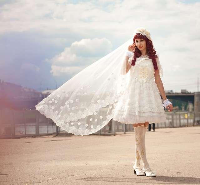 Anime 1950s Inspired Wedding In Russia Rock N Roll Bride - Anime Wedding Dress
