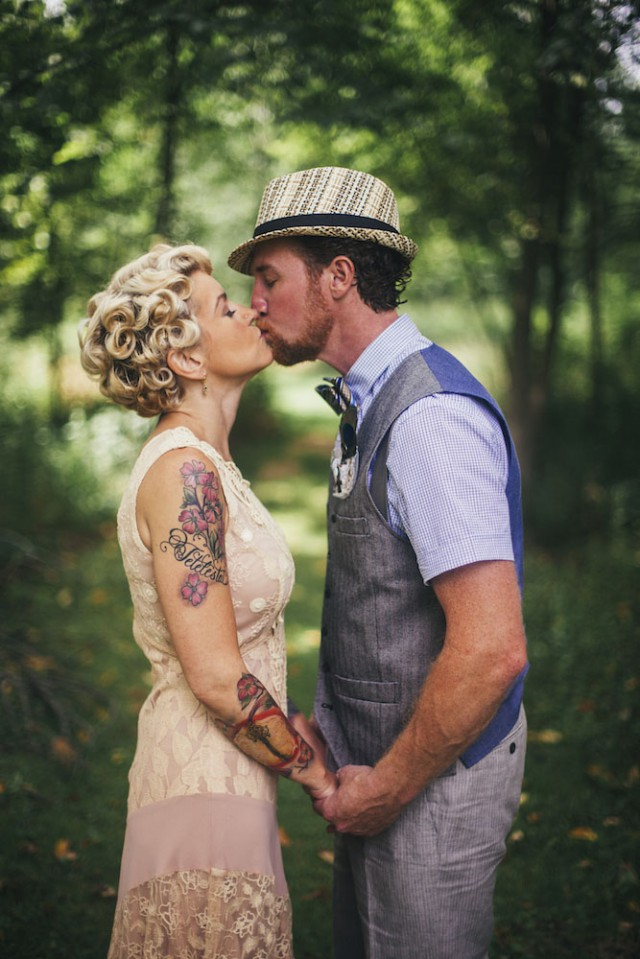 Vintage family barn wedding (5)