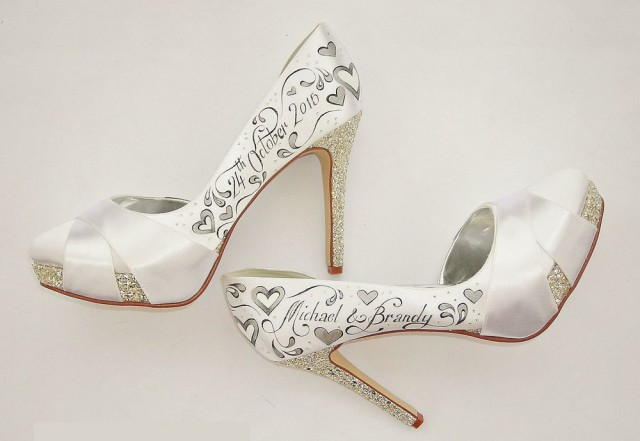 handpainted wedding shoes by gemma kenward (1)