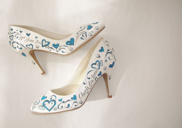 handpainted wedding shoes by gemma kenward (2)